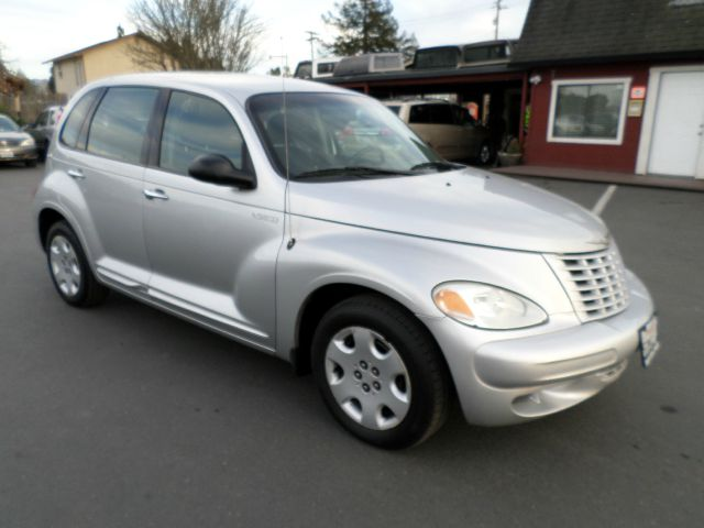 2004 CHRYSLER PT CRUISER BASE 4DR WAGON silver center console clock exterior entry lights fron