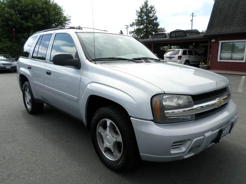 2007 CHEVROLET TRAILBLAZER LS 4DR SUV 4WD silver one owner vehicle 2-stage unlocking doors