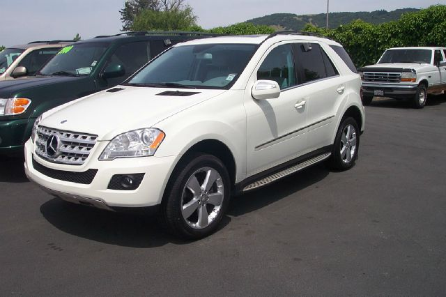 2010 MERCEDES-BENZ M-CLASS ML350 4MATIC AWD 4DR SUV white 2-stage unlocking - remote abs - 4-whee