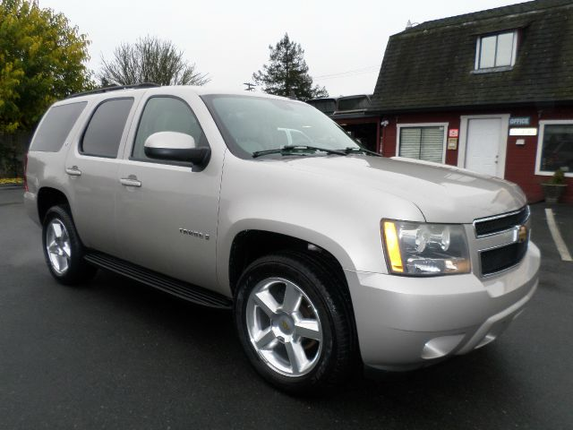 2007 CHEVROLET TAHOE LT 4DR SUV champagne 2-stage unlocking - remote abs - 4-wheel airbag deacti