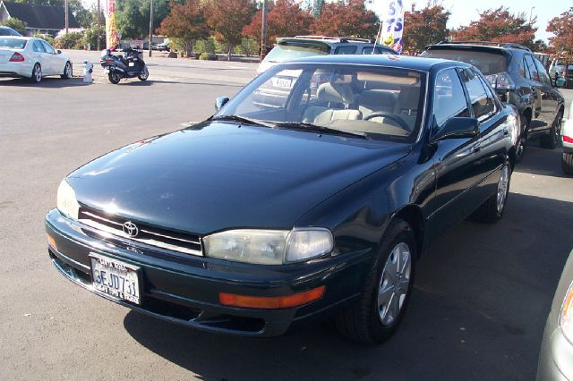 1993 TOYOTA CAMRY LE V6 SEDAN blue air conditioninganti-brake system non-abs  4-wheel absbody