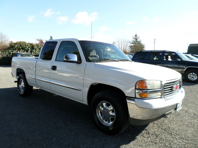 2002 GMC SIERRA 1500 SLE 4DR EXTENDED CAB 4WD SB white one owner vehicle abs - 4-wheel all