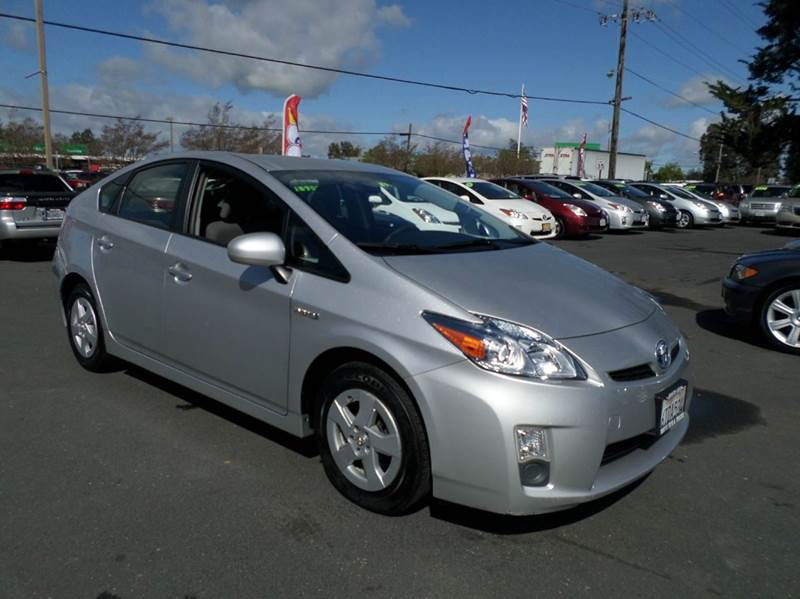 2011 TOYOTA PRIUS II 4DR HATCHBACK silver one owner vehicleonly 53214 miles abs - 4-wheel