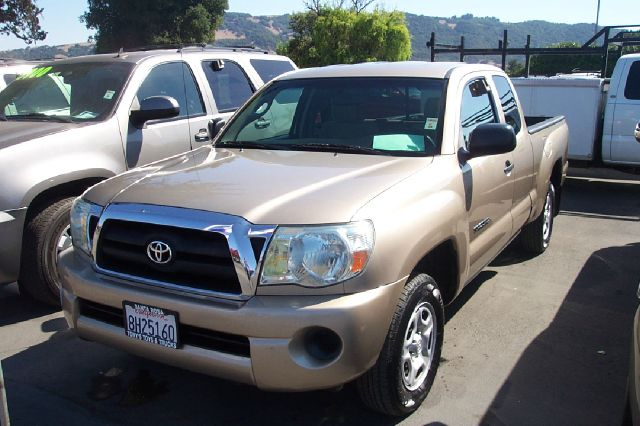 2007 TOYOTA TACOMA BASE 4DR ACCESS CAB 61 FT SB  gold new tires abs - 4-wheel antenna type - m