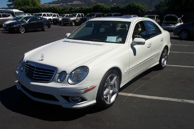 2009 MERCEDES-BENZ E-CLASS E350 LUXURY SEDAN white v6 35 liter