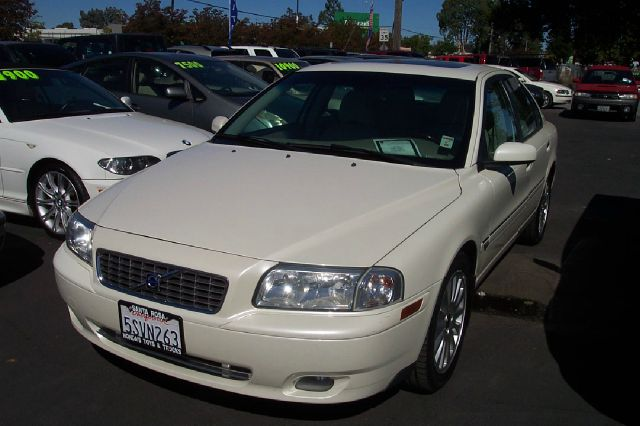 2006 VOLVO S80 25T white abs brakesair conditioningalloy wheelsamfm radioanti-brake system