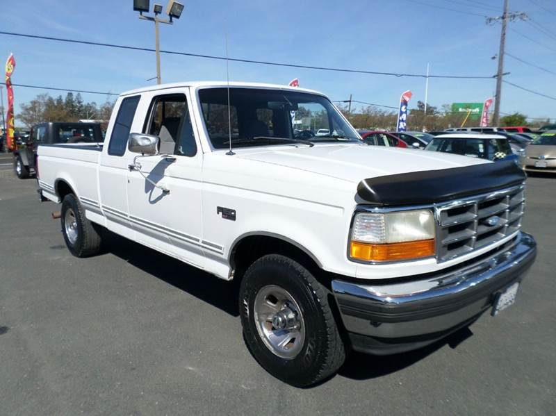 1995 FORD F-150 XLT 2DR 4WD EXTENDED CAB SB white xlt ext cab 4wd 4wd type - part time