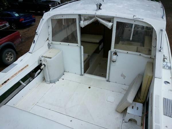 1976 Bertram Boat