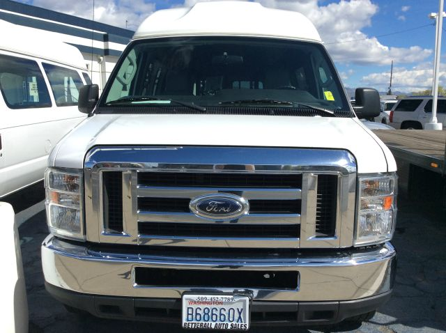 1999 Ford Deluxe