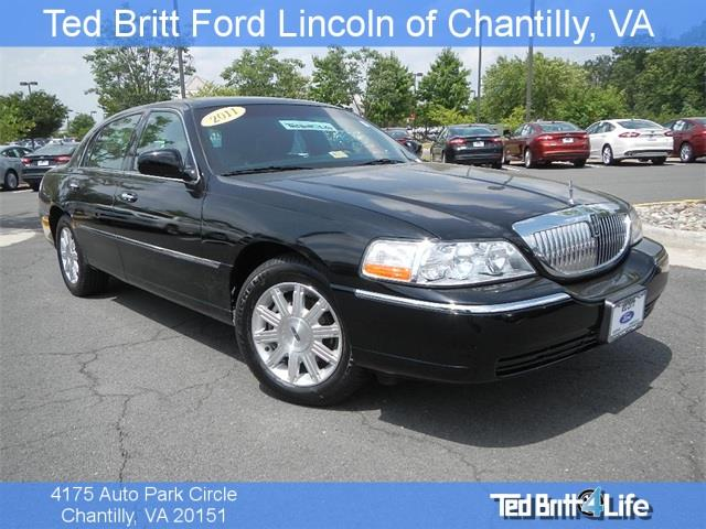2011 lincoln town car for sale in chantilly va. Cars Review. Best American Auto & Cars Review