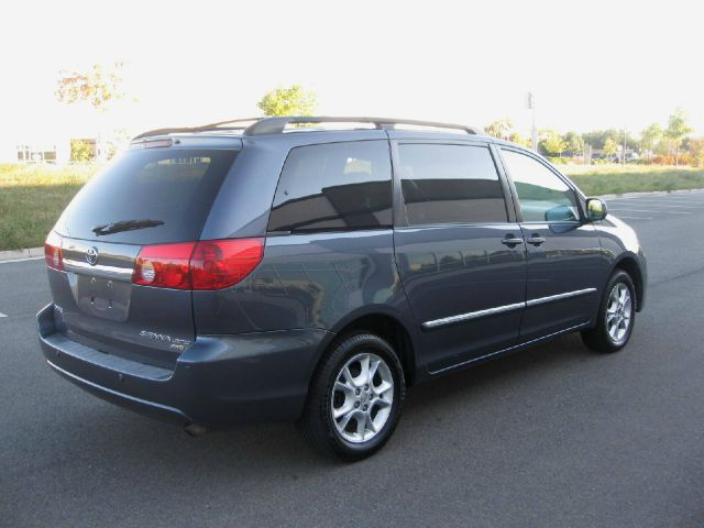 2006 toyota sienna xle limited awd in chantilly va jc auto world. Black Bedroom Furniture Sets. Home Design Ideas