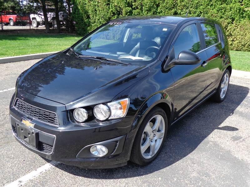 Chevrolet sonic 2014 hatchback