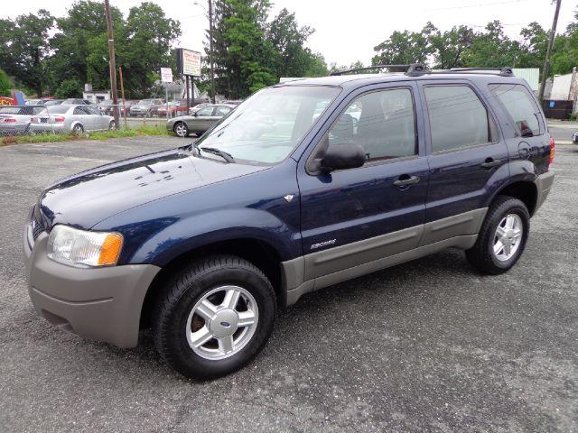 2002 Ford Escape XLS V6 Choice 4WD - Springfield MA