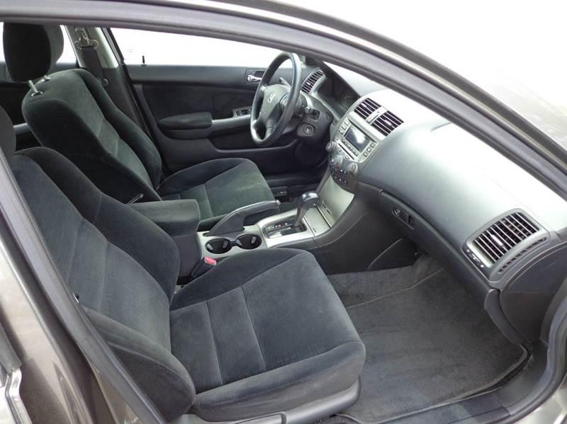 2006 Honda Accord EX 4dr Sedan 5A - Springfield MA