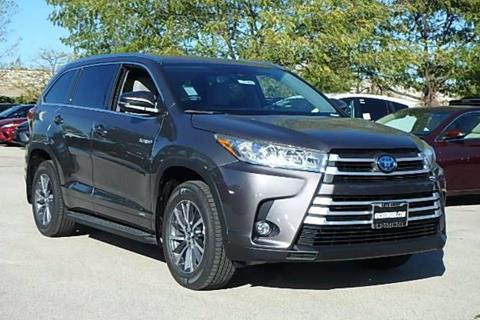 2017 Toyota Highlander Hybrid for sale in Lincolnwood, IL