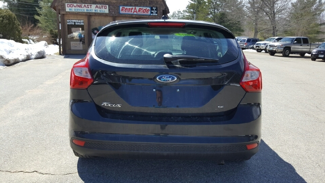 2012 Ford Focus SE 4dr Hatchback - South Waterboro ME