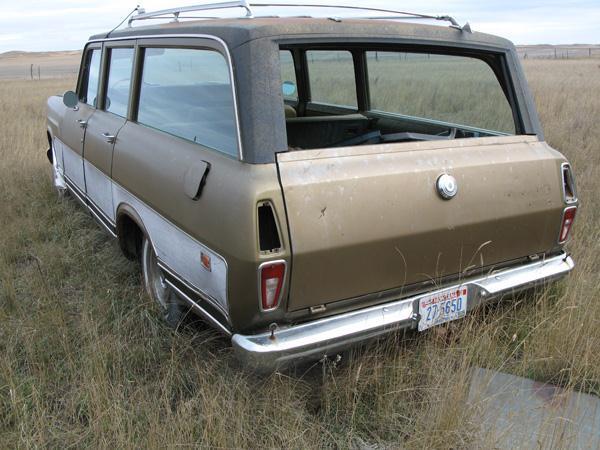 1974 International Travelall  4 DR - Stevensville MT