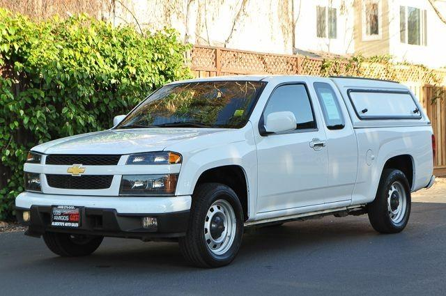2012 CHEVROLET COLORADO WORK TRUCK 4X2 4DR EXTENDED CAB white we finance everybody  having troub