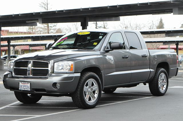 2007 DODGE DAKOTA SLT 4DR QUAD CAB SB gray we finance everybody  having trouble financing a car