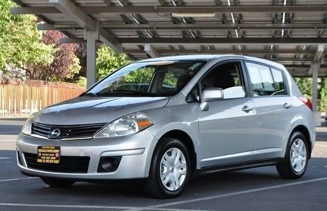 2010 NISSAN VERSA 18 S 4DR HATCHBACK 4A silver we finance everybody  having trouble financing a