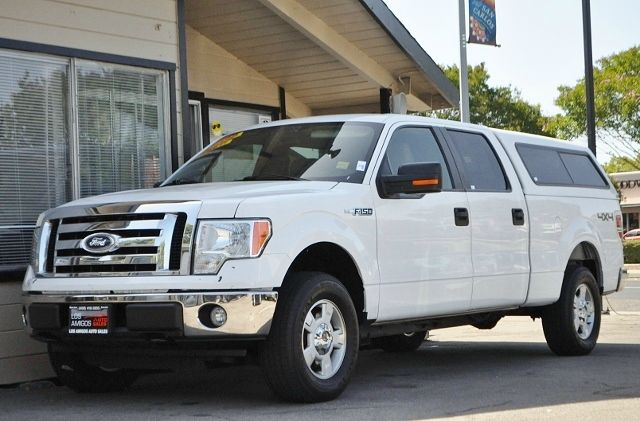 2010 FORD F-150 XLT 4X4 4DR SUPERCREW STYLESIDE white we finance everybody  having trouble finan