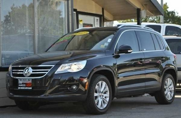 2009 VOLKSWAGEN TIGUAN SE 4DR SUV black we finance everybody  having trouble financing a car w