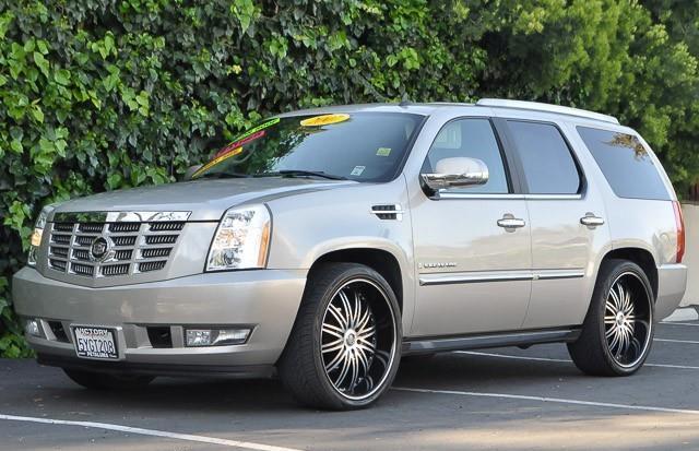 2007 CADILLAC ESCALADE BASE AWD 4DR SUV gray we finance everybody having trouble financing a car