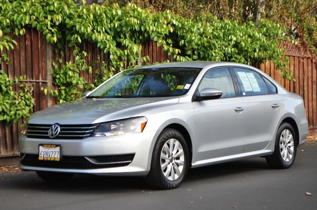 2012 VOLKSWAGEN PASSAT S PZEV 4DR SEDAN 6A W APPEARANC silver we finance everybody  having trou