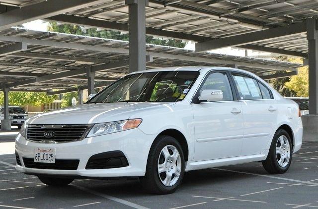 2010 KIA OPTIMA LX 4DR SEDAN I4 5A whitw we finance everybody  having trouble financing a car