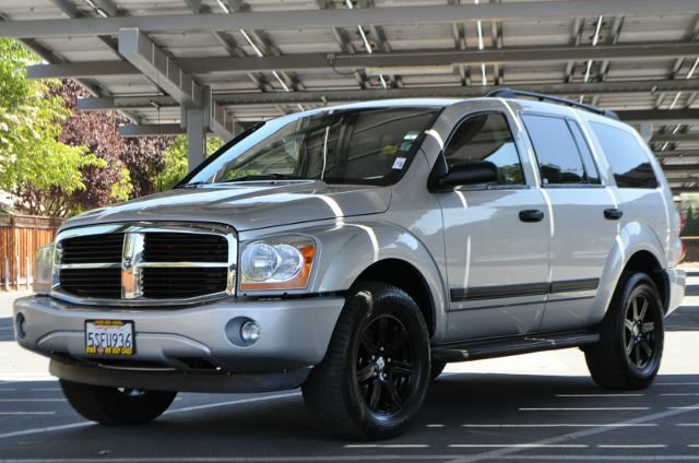 2006 DODGE DURANGO SLT 4DR SUV 4WD silver we finance everybody  having trouble financing a car