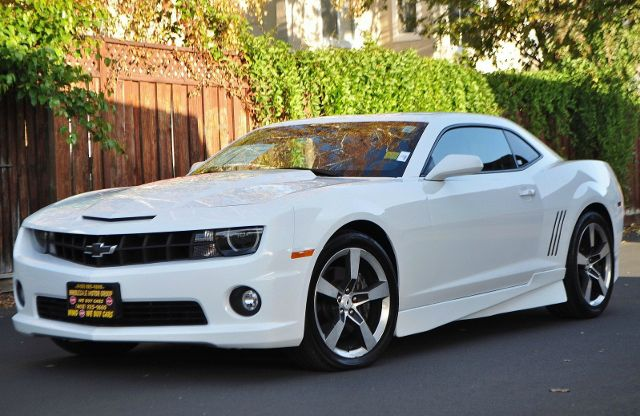 2010 CHEVROLET CAMARO SS 2DR COUPE W2SS white we finance everybody  having trouble financing a