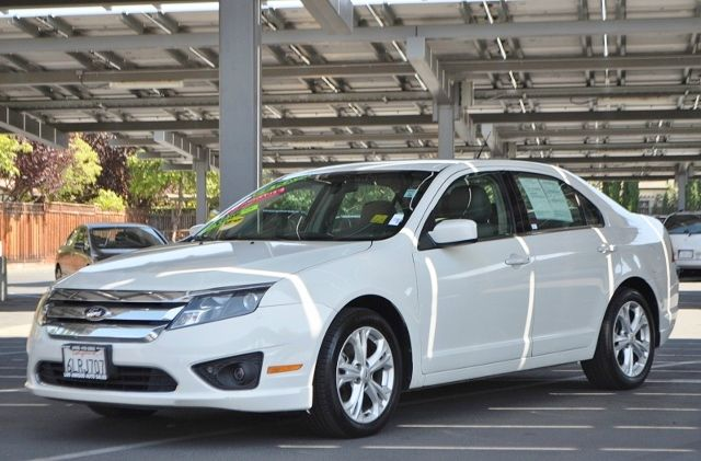 2012 FORD FUSION SE 4DR SEDAN white we finance everybody  having trouble financing a car we gu