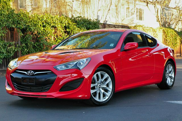 2013 HYUNDAI GENESIS COUPE 20T 2DR COUPE 6M we finance everybody  having trouble financing a car