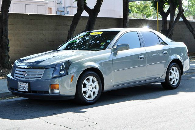 2007 CADILLAC CTS BASE 4DR SEDAN gray we finance everybody having trouble financing a car we g