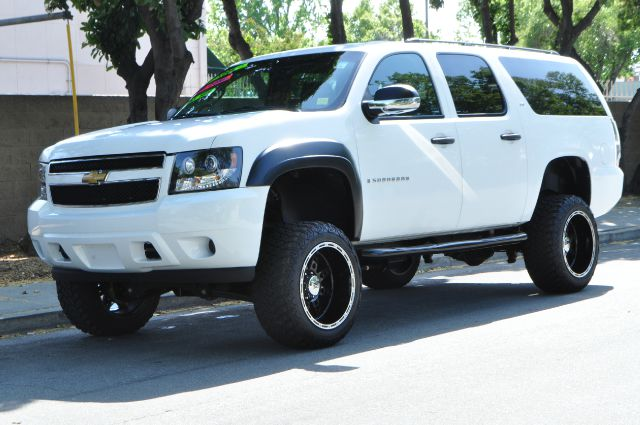 2008 CHEVROLET SUBURBAN COMMERCIAL white we finance everybody having trouble financing a car w