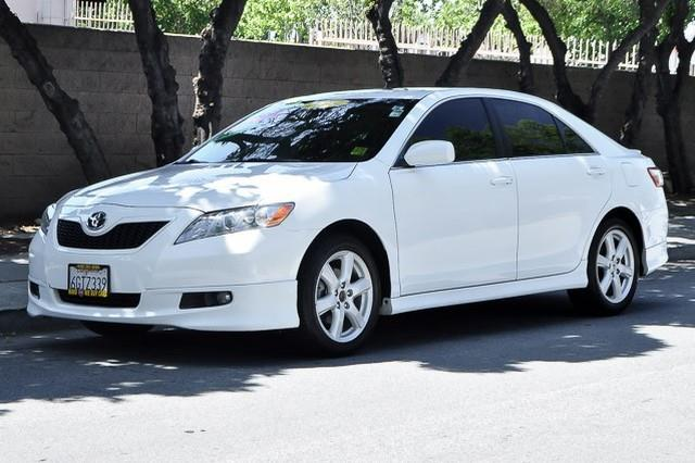 2009 TOYOTA CAMRY white we finance everybody having trouble financing a car we guarantee 100