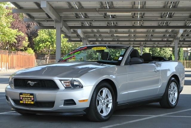 2012 FORD MUSTANG V6 2DR CONVERTIBLE silver we finance everybody  having trouble financing a car