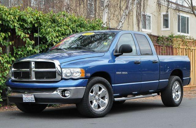 2004 DODGE RAM PICKUP 1500 SLT 4DR QUAD CAB HEMI blue we finance everybody  having trouble finan