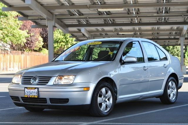 2005 VOLKSWAGEN JETTA GLS 4DR SEDAN silver we finance everybody  having trouble financing a car