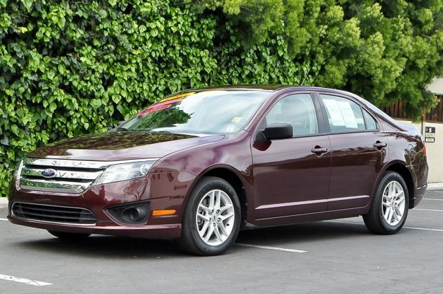 2011 FORD FUSION S 4DR SEDAN maroon we finance everybody having trouble financing a car we gu