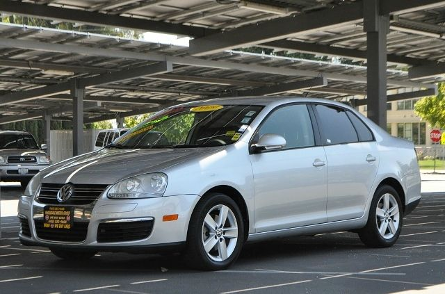 2009 VOLKSWAGEN JETTA S PZEV 4DR SEDAN 5M silver we finance everybody  having trouble financing