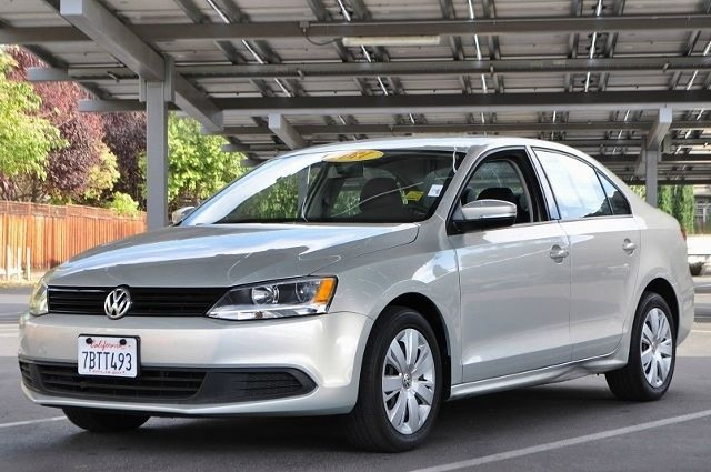2011 VOLKSWAGEN JETTA SE PZEV 4DR SEDAN 6A W CONVENIE silver we finance everybody  having troub