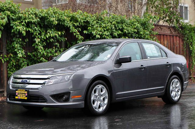 2010 FORD FUSION SE 4DR SEDAN gray we finance everybody  having trouble financing a car we gur