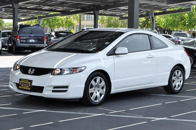2010 HONDA CIVIC LX 2DR COUPE 5A white we finance everybody having trouble financing a car we