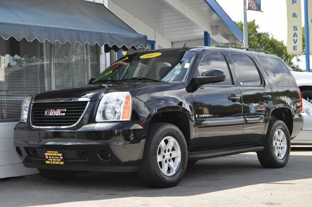 2007 GMC YUKON SLE 4DR SUV W3SA black we finance everybody  having trouble financing a car we