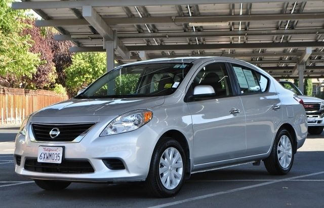 2013 NISSAN VERSA 16 SV 4DR SEDAN silver we finance everybody  having trouble financing a car