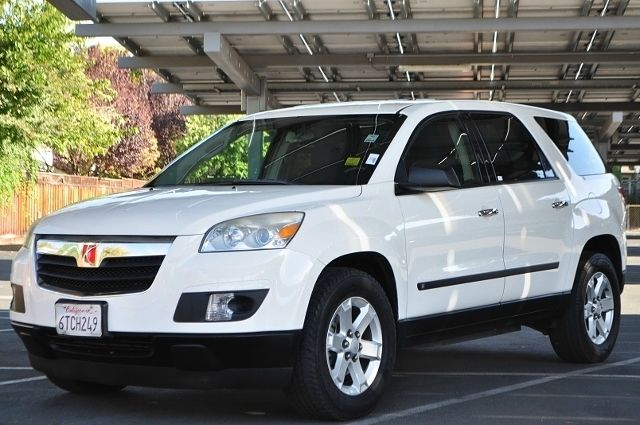 2009 SATURN OUTLOOK XE 4DR SUV white we finance everybody  having trouble financing a car we g