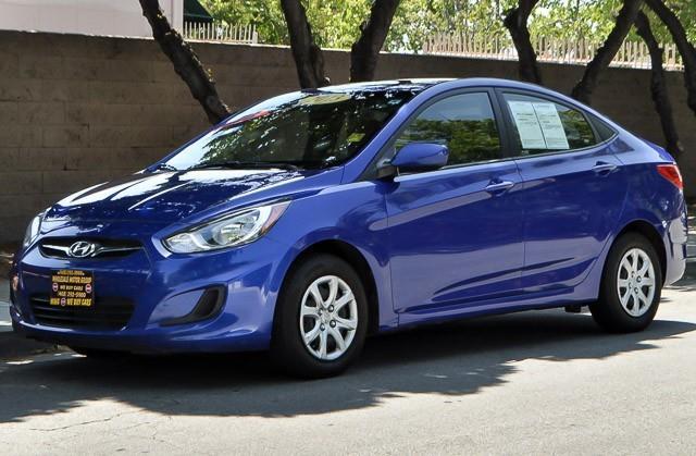 2013 HYUNDAI ACCENT GLS 4DR SEDAN 6A blue we finance everybody   having trouble financing a car