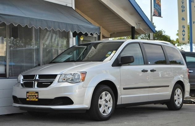 2011 DODGE GRAND CARAVAN C  V 4DR MINI AN silver we finance everybody  having trouble financing