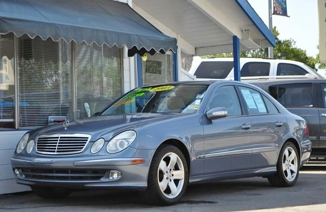 2003 MERCEDES-BENZ E-CLASS E320 4DR SEDAN blue we finance everybody  having trouble financing a